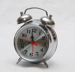 1177227_vintage_alarm_clock.jpg
