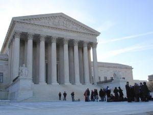 u-s-supreme-court-1-745242-m-300x225